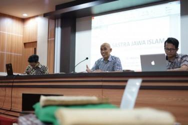 Diskusi Komunitas Seri Ramadhan: Sastra Islam dalam Khazanah Kesusastraan Jawa