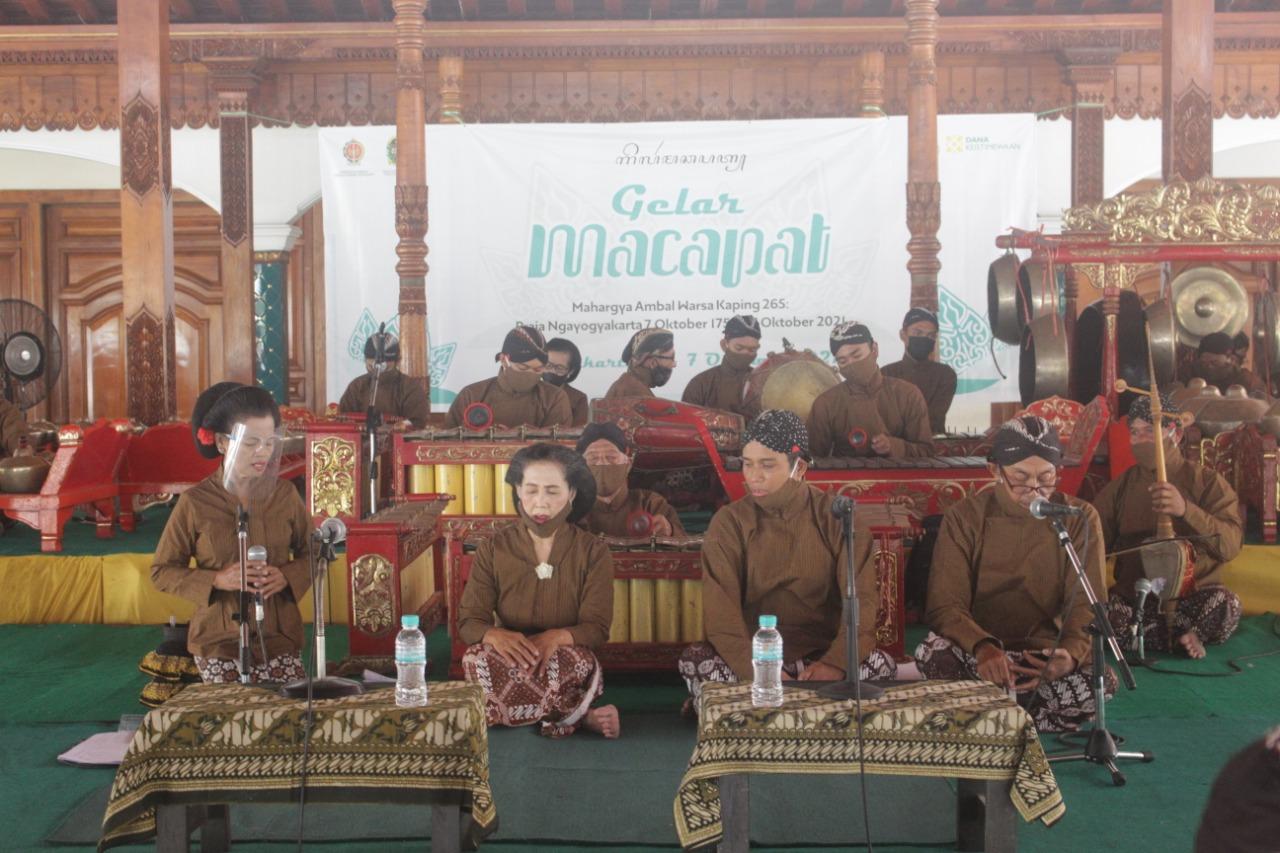 Seniman Macapat Turut Semarakkan HUT Kota Yogyakarta ke-265